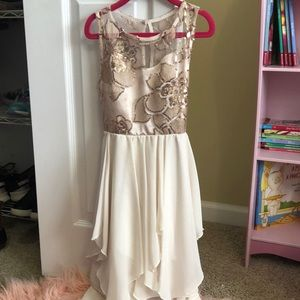 Rare Editions size 7 beautiful dress